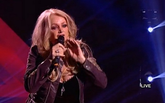 http://www.agendadeiasi.ro/images/stories/decembrie_2012/bonnie-tyler-x-factor.jpg
